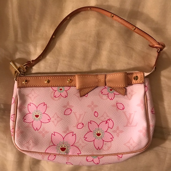 f1c9177dbb4e Louis Vuitton Handbags - Louis Vuitton flower purse